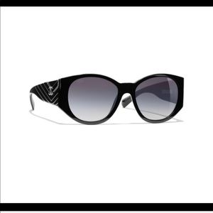 Black Chanel oval sunglasses. Like new!